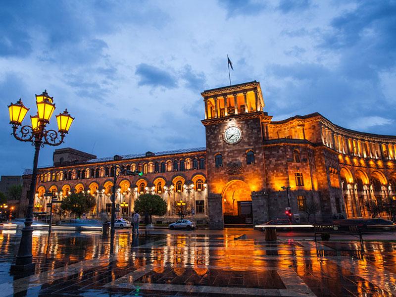 Отличная цена! Билеты из Москвы в Ереван за 8800₽ туда-обратно