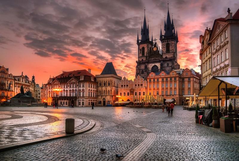 Билеты из Москвы в Прагу за 8100 руб. туда-обратно!
