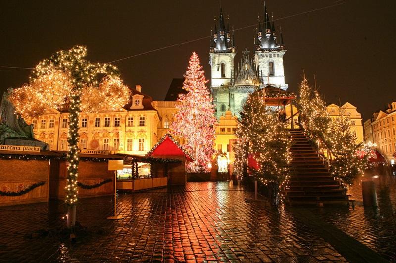 Новый год в Чехии! Перелеты из Москвы в Пардубице за 14800₽ туда-обратно