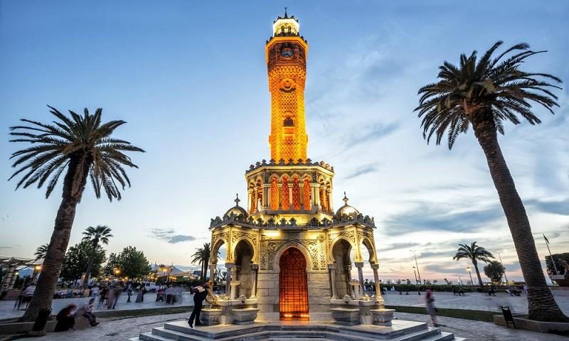Прямые перелеты из Петербурга в Измир (Турция) летом  — 13000 руб. туда-обратно!