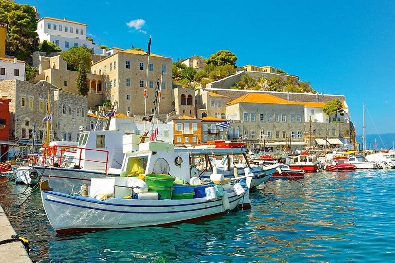 Прямые рейсы из Москвы в Пелопоннес (Греция) за 11800₽ туда-обратно (в августе и сентябре)!