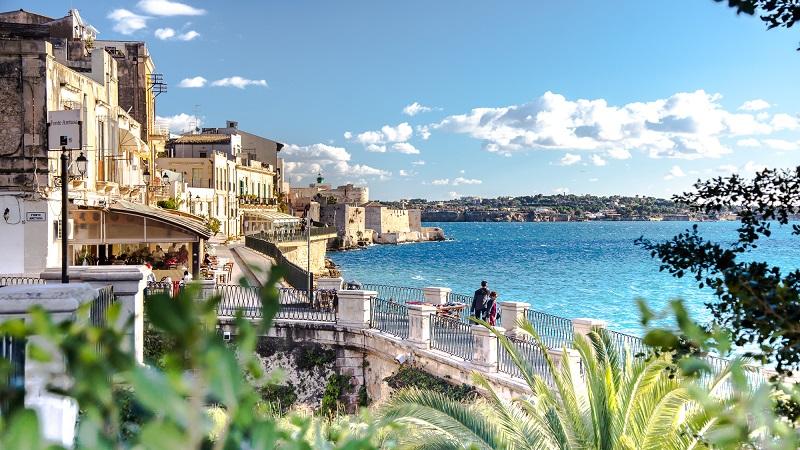 Италия в самый разгар лета! Билеты из Москвы на Сицилию за 13200₽ туда-обратно!