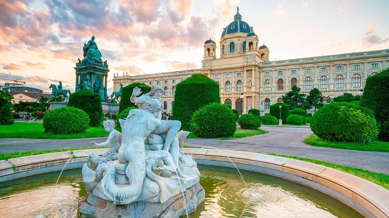 Хорошая цена! Прямые перелеты из Москвы в Вену всего за 7900 руб. туда-обратно!